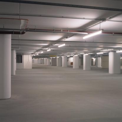 Basement「Empty new parking lots」:スマホ壁紙(14)