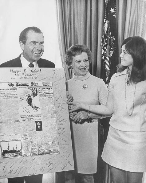 Birthday Card「Nixon's Birthday」:写真・画像(6)[壁紙.com]