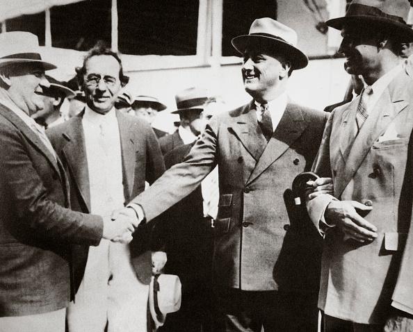 Franklin Roosevelt「President Roosevelt Returning To Miami Florida USA After A Fishing Trip 13 April 1934」:写真・画像(9)[壁紙.com]