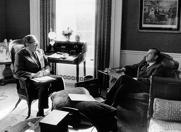 Eisenhower Executive Office Building「President Richard Nixon and Henry Kissinger」:写真・画像(0)[壁紙.com]