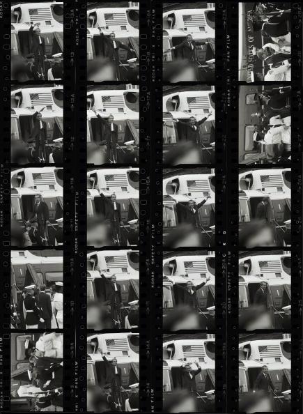 立ち去る「Nixon's Goodbye」:写真・画像(12)[壁紙.com]