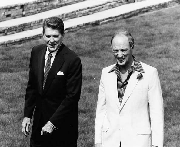 Consolidated News Pictures「Ronald Reagan And Pierre Trudeau」:写真・画像(5)[壁紙.com]