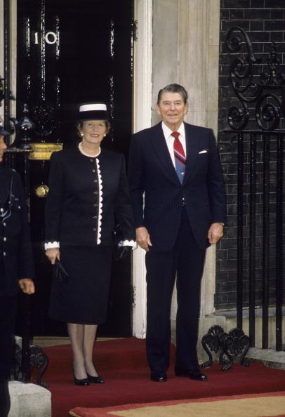 Full Length「Reagan And Thatcher In London」:写真・画像(8)[壁紙.com]
