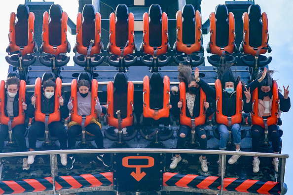 Rollercoaster「England Businesses Re-Open As Coronavirus Restrictions Ease」:写真・画像(9)[壁紙.com]
