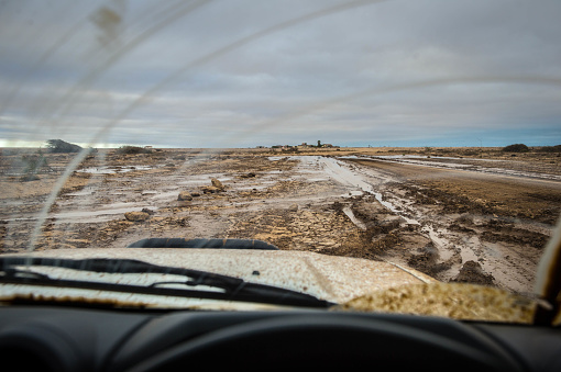 Focus On Background「Windshield view and Skeleton Coast」:スマホ壁紙(10)