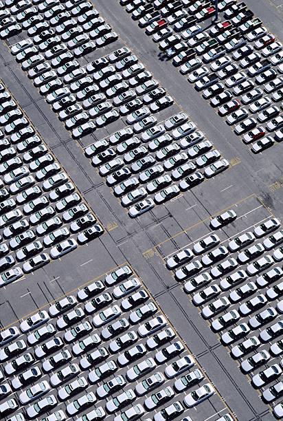 Car lot:スマホ壁紙(壁紙.com)