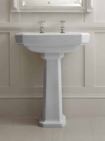 In Front Of「Bathroom sink」:スマホ壁紙(15)