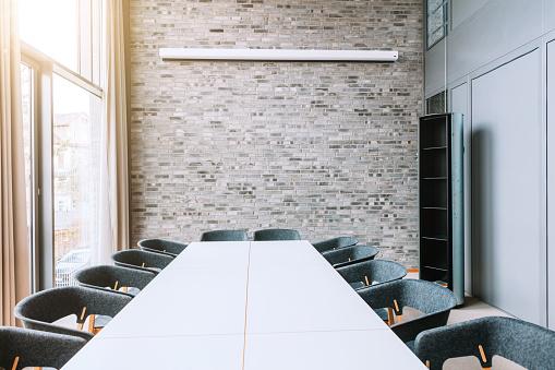 New Business「modern meeting room」:スマホ壁紙(11)