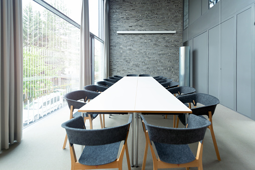 Empty Desk「modern meeting room」:スマホ壁紙(17)