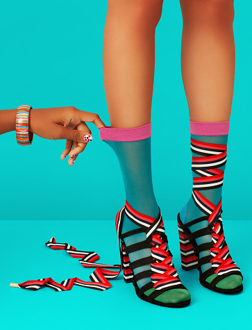 Socks with Sandals「Legs and Hand」:スマホ壁紙(1)