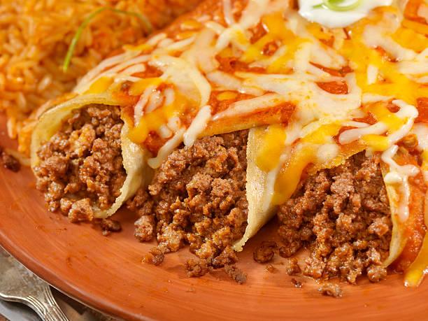 Entomadas or Beef Enchiladas:スマホ壁紙(壁紙.com)