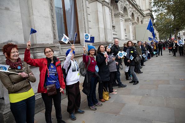 People In A Row「EU Citizens Rally」:写真・画像(15)[壁紙.com]