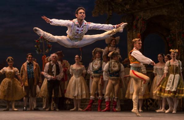 "Ian Gavan「English National Ballet's ""Coppelia"" - Rehearsal」:写真・画像(5)[壁紙.com]"