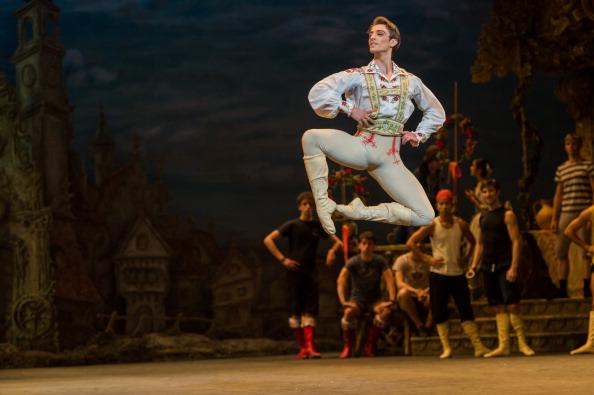 "Ian Gavan「English National Ballet's ""Coppelia"" - Rehearsal」:写真・画像(3)[壁紙.com]"