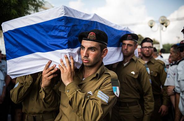 Andrew Burton「Tensions Remain High At Israeli Gaza Border」:写真・画像(19)[壁紙.com]