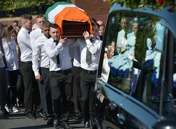 Obituary「Funeral Is Held For Former Provisional IRA Member Kevin McGuigan」:写真・画像(1)[壁紙.com]