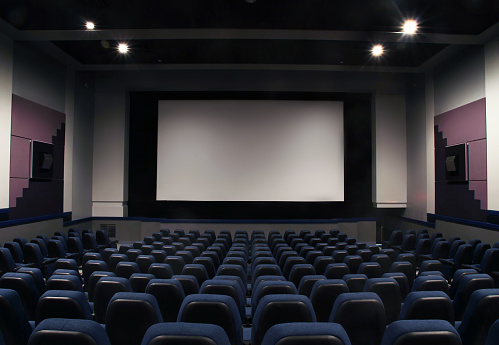 Auditorium「Cinema seats and isleway on black」:スマホ壁紙(4)