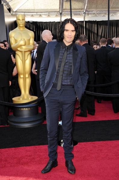 Navy Blue「83rd Annual Academy Awards - Arrivals」:写真・画像(7)[壁紙.com]