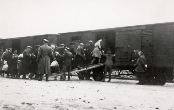 Holocaust「Deportation of Polish Jews...」:写真・画像(11)[壁紙.com]