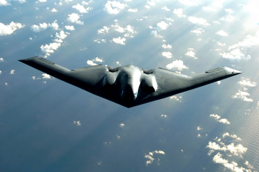 Bomber Plane「Over the Pacific Ocean - A B-2 Spirit bomber soars during a deployment to Andersen Air Force Base, Guam.  」:スマホ壁紙(12)