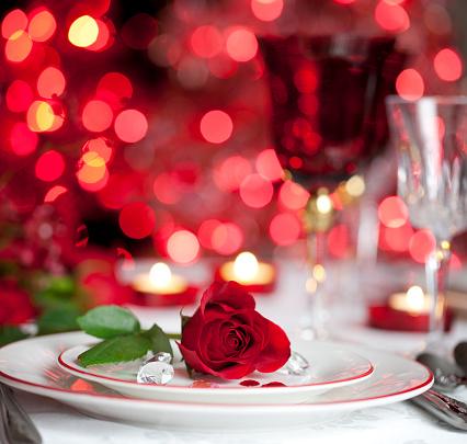 バレンタイン「ロマンティックなダイニング」:スマホ壁紙(10)