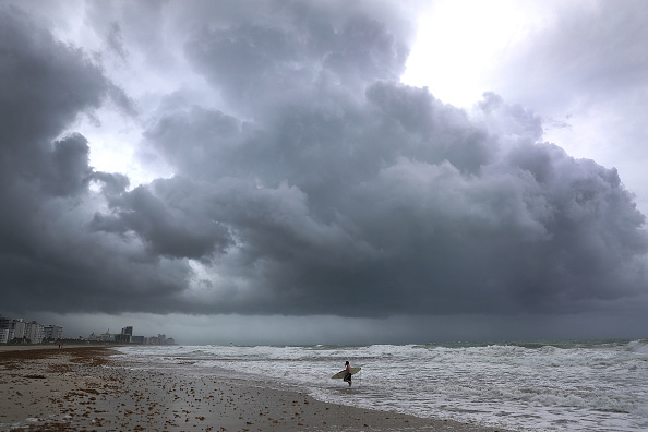 Miami「Florida Begins Preparing For Hurricane Irma」:写真・画像(18)[壁紙.com]