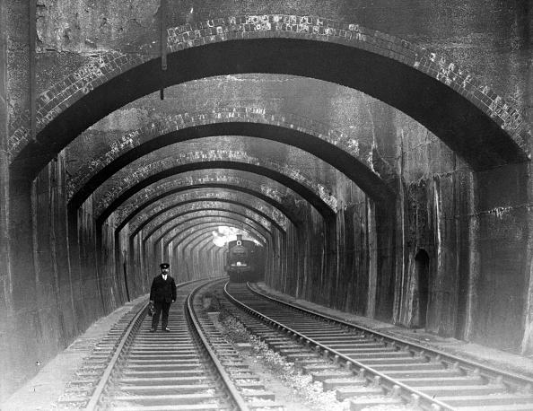 Arch - Architectural Feature「Train Time」:写真・画像(15)[壁紙.com]