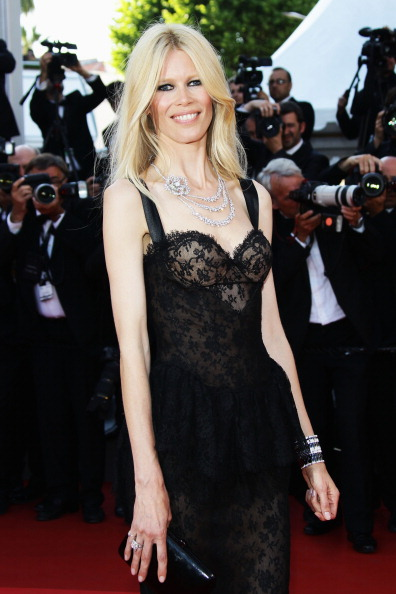 クラウディア・シファー「'This Must Be The Place' Premiere - 64th Annual Cannes Film Festival」:写真・画像(19)[壁紙.com]