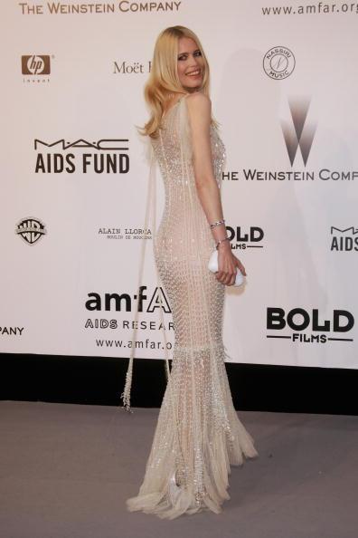 Evening Bag「Cannes - Arrivals at Cinema Against Aids 2007 Benefiting amfAR」:写真・画像(9)[壁紙.com]