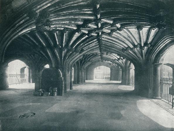 Ceiling「'The Crypt', 1912」:写真・画像(9)[壁紙.com]