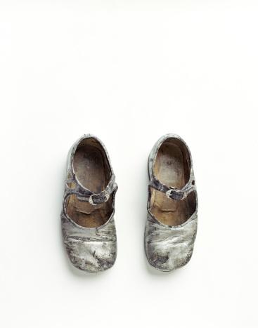 Silver Shoe「Vintage Silver Child's Shoes」:スマホ壁紙(18)