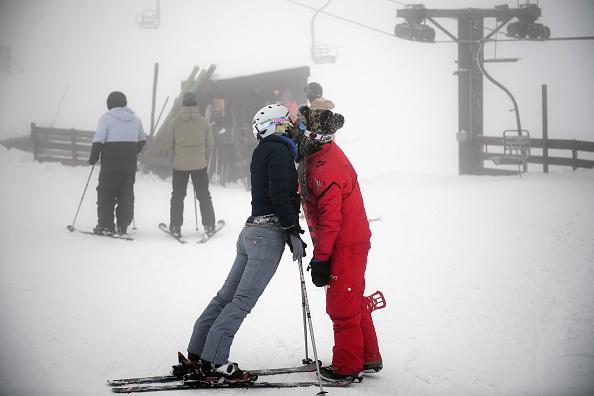 Couple - Relationship「Scottish Skiers Take To The Slopes」:写真・画像(18)[壁紙.com]