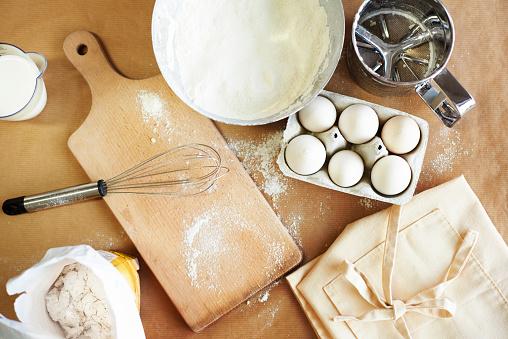 Bakery「Basic baking ingredients on the table. Debica, Poland」:スマホ壁紙(5)