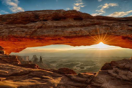 Scenics - Nature「Mesa Arch Dawn Sunburst」:スマホ壁紙(19)
