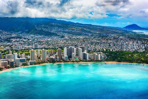 オアフ島「ハワイのホノルルのワイキキ アンテナ」:スマホ壁紙(1)