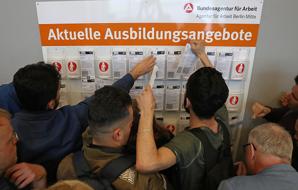 Germany「Berlin Employment Agency Holds Refugees Jobs Fair」:写真・画像(4)[壁紙.com]