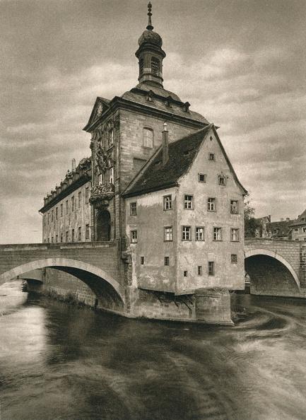 Idyllic「Bamberg - Rathaus, 1931」:写真・画像(19)[壁紙.com]