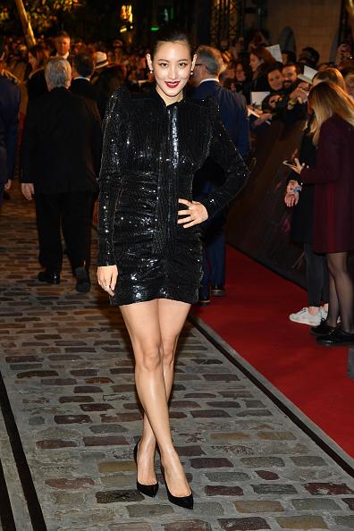 カメラ目線「'Fantastic Beasts: The Crimes Of Grindelwald' World Premiere At UCG Bercy In Paris」:写真・画像(2)[壁紙.com]