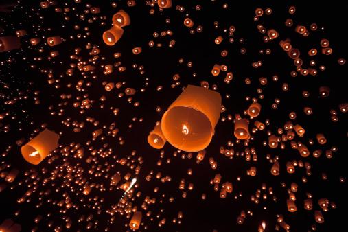 Imagination「Loi Krathong Mass Lantern Launch」:スマホ壁紙(2)