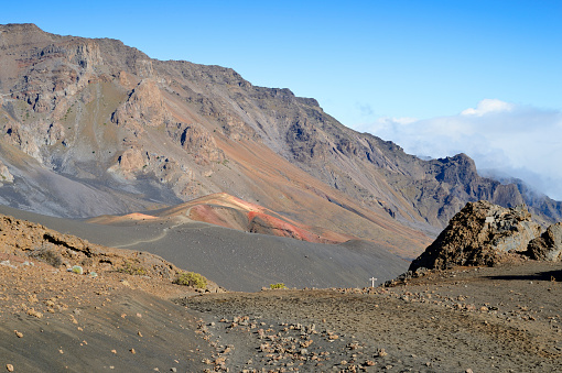 Haleakala National Park「USA, Hawaii, Maui, Haleakala, volcanic landscape with cinder cones」:スマホ壁紙(7)