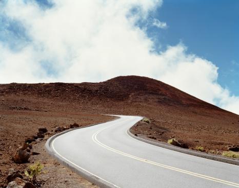 Lava「USA, Hawaii, Maui, road at Haleakala National Park」:スマホ壁紙(11)