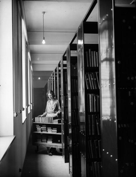 Females「Westminster Library」:写真・画像(10)[壁紙.com]