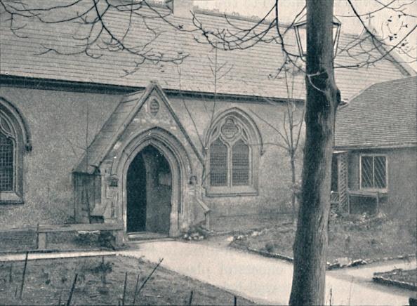 Footpath「Chapel Of St Marys Hospital Great Ilford Essex 1903」:写真・画像(7)[壁紙.com]