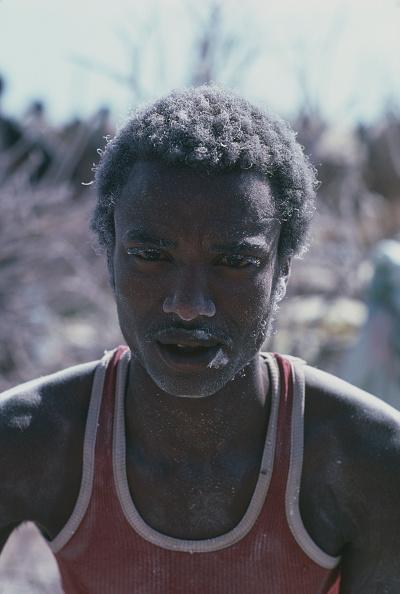 Dust「Refugee Camp, Somalia, 1986」:写真・画像(2)[壁紙.com]