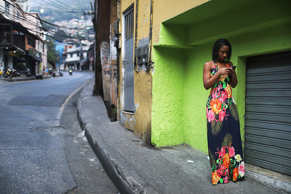 ������「Army Troops Called In To Rio's Rocinha Favela To Quell Violence」:写真・画像(14)[壁紙.com]