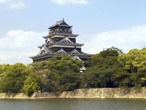 広島城のまとめ:2004年10月08日(壁紙.com)
