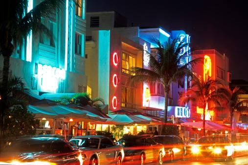 Ocean Drive, Miami:スマホ壁紙(壁紙.com)