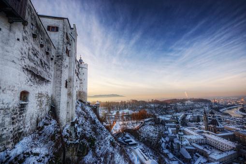 ホーエンザルツブルク城 雪のまとめ:2012年12月18日(壁紙.com)
