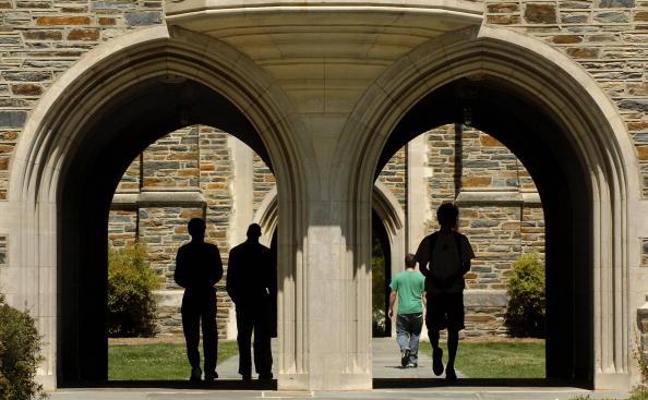 Duke「Duke University Rape Investigation Continues」:写真・画像(2)[壁紙.com]