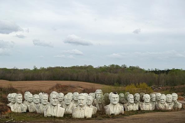 Bestpix「Remnants Of Bankrupted Presidents Park Stored On Private Family Farm In Croaker, Virginia」:写真・画像(16)[壁紙.com]